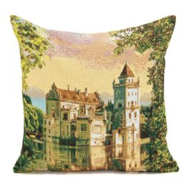 Замок мечты (50х50 см) — наволочка декоративная