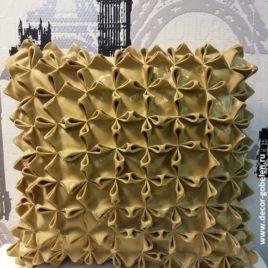Ажурный лист (золото) 50х50 см — наволочка жаккардовая