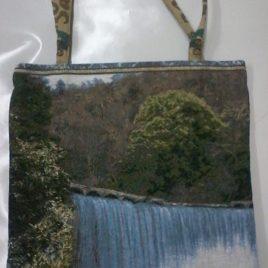 Водопад (37х42 см) — сумка декоративная