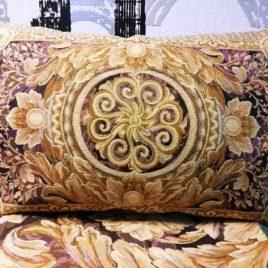 Версаль (лиловый) 45х65 см — наволочка гобеленовая