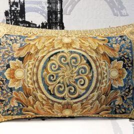 Версаль (синий) 45х65 см — наволочка гобеленовая