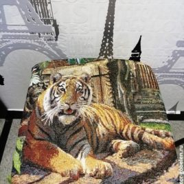 Тигр (32х32 см) — табурет с гобеленом